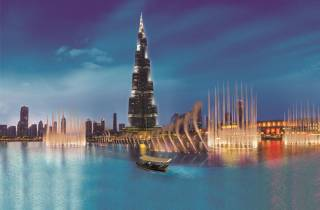 Dubai: Fountain Show & Traditionelle Burj Lake-Bootsfahrt