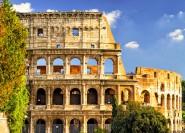 Rom: Kolosseum und Gladiatoren-Tor mit Arenabereich