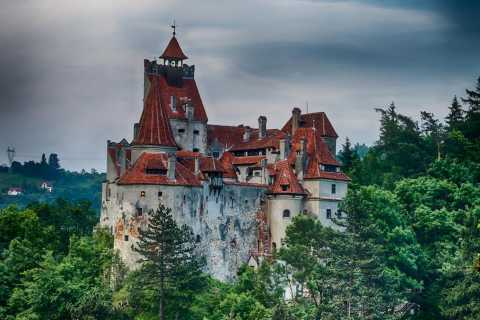 From Bucharest: Peleș and Bran Castles Private Tour