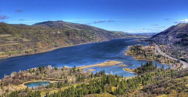 Portland: Columbia Gorge Wine and Waterfalls Day Tour