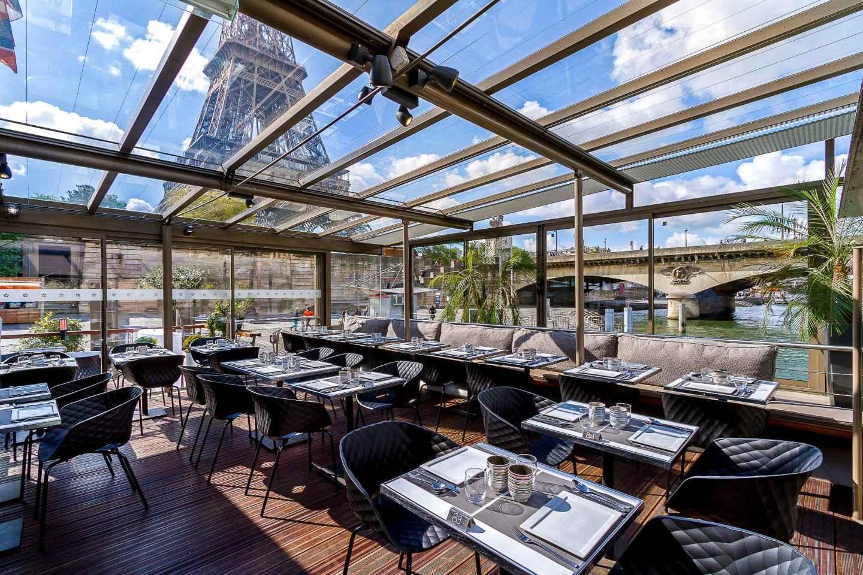 Paris: Bootsfahrt & Mittagessen in Pariser Bistro
