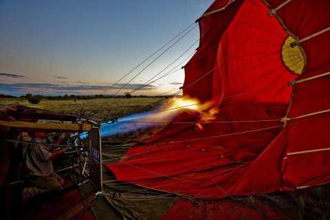 Alice Springs: Frühmorgendliche Heißluftballon-Fahrt