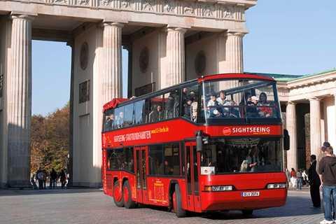 Berlin: Hop-on Hop-off Day Tour in Double-Decker Bus