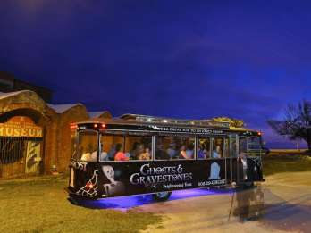 Key West: Gruselige Ghosts & Gravestones Tour am Abend