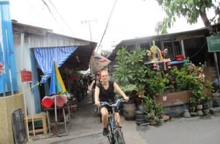 Bangkok: Ganztägige Radtour mit Bootstransfer & Mittagessen