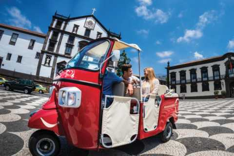 Funchal: Guided Tour by Tuk Tuk and CR7 Museum Entrance