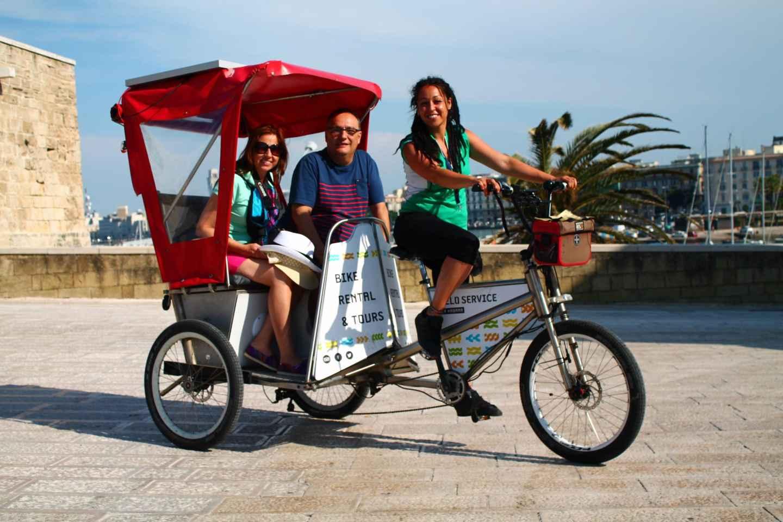 Bari: Stadtrundfahrt mit der Fahrrad-Rikscha