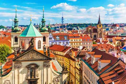 Prague: Guided City Tour with Tram Ticket