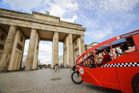 Private E-Rickshaw Ride through Berlin from your Hotel