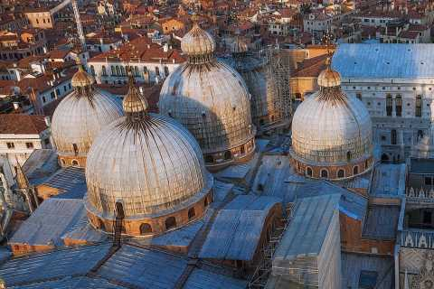 Full Venice Walking Tour: Doge's Palace and St. Mark's
