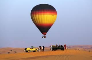 Dubai: Heißluftballonfahrt, Frühstück, Wüstensafari