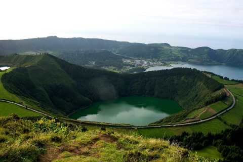 São Miguel West Full-Day Tour with Lunch
