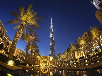 Dubai: Burj Khalifa VIP-Lounge mit Sonnenuntergang