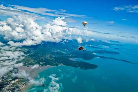 Airlie Beach: Tandem-Fallschirmsprung