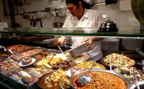 Istanbul: Small Group Street Food Tour with Local Guide