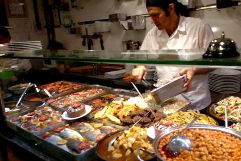 Istanbul: Street-Food-Kleingruppentour mit Einwohner