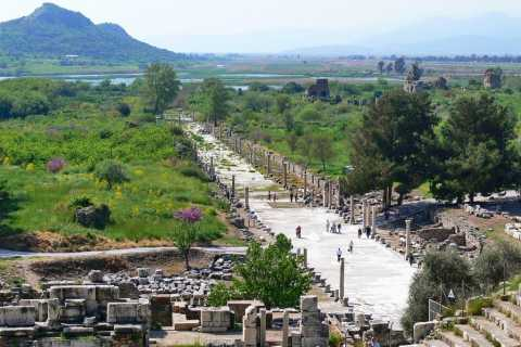 From Kusadasi: Half-Day Ephesus & Archeology Museum