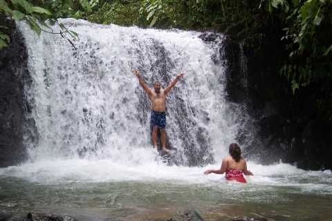 Quepos: Horseback Riding to the Shaman Waterfalls