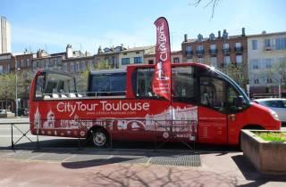 Toulouse: 70-minütige Stadtrundfahrt im offenen Minibus