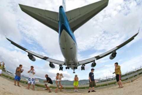 "Philipsburg: Flugzeugbeobachtung ""Extrem"" am Maho Beach"