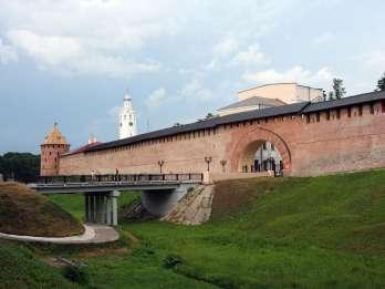 Von St. Petersburg: Ganztagestour nach Welikij Novgorod