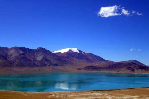 From Kashgar: Private Day Tour to Karakul Lake