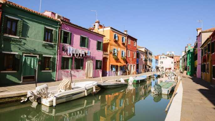 Boat Trip: Glimpse of Murano, Torcello & Burano Islands