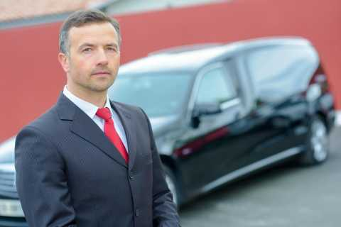 London Accommodation to Airports Shuttle Service
