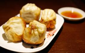 Shanghai: 3-Hour Local Food Tasting Tour