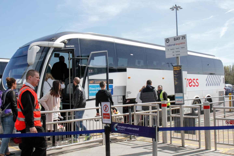 Bustransfer: Flughafen Stansted - Stadtzentrum London