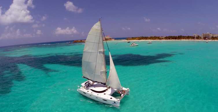 Isla Mujeres: Full-Day Catamaran Tour