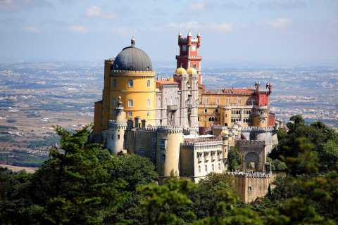 From Lisbon: Full-Day Sintra & West Coast Private Tour