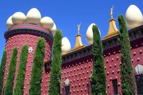 Museo Dalí y Girona: Día-Completo tour de Barcelona