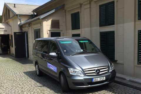 Prag flygplats: Privat transfer av minibussar
