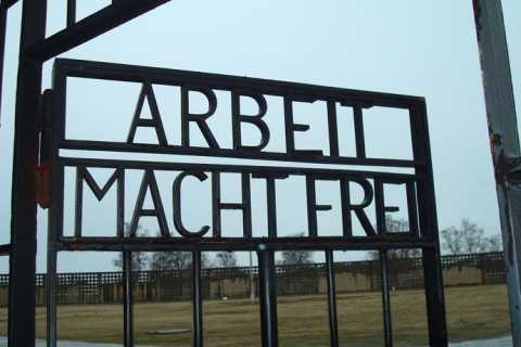 Sachsenhausen Memorial: 6-Hour Tour in Spanish