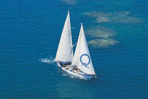 Cairns: Green Island & Reef Full-Day Sailing Cruise
