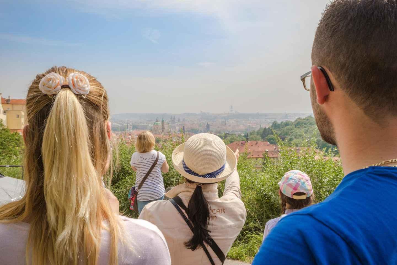 Das Beste von Prag: Tour mit dem Bus, Rundgang und Flusskreuzfahrt