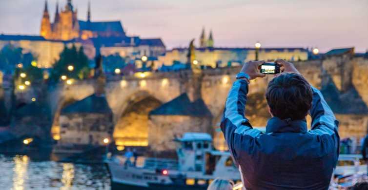 Prague: dîner-croisière avec musique en direct