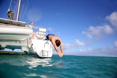 Santorini: Dream Catcher 5-hour Sailing Trip in the Caldera