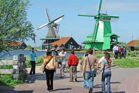 From Amsterdam: Zaanse Schans Windmills Half-Day Tour