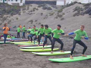 Teneriffa: 2-stündiger Surf-Kurs für alle Niveaus