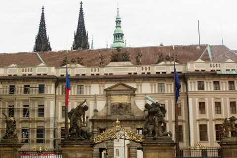 Prague: 3-Hour Private Castle Tour