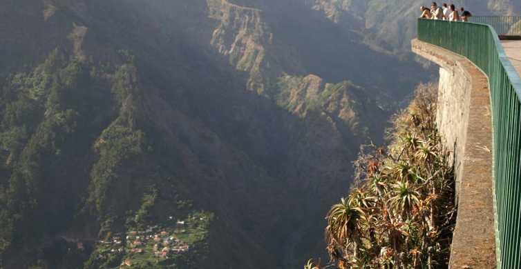 From Funchal: Eira do Serrado Tuk Tuk Tour
