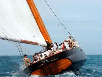 Key West: 1,5-Stunden-Segel auf dem Schoner America 2.0