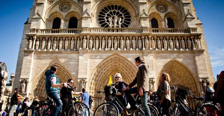 Discover the Heart of Paris by Bike
