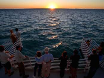 Key West: Glasboden-Bootsfahrt zum Riff bei Sonnenuntergang