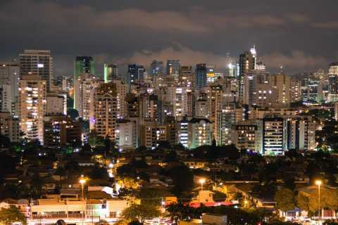 Welcome to São Paulo: Private Walking Tour with a Local