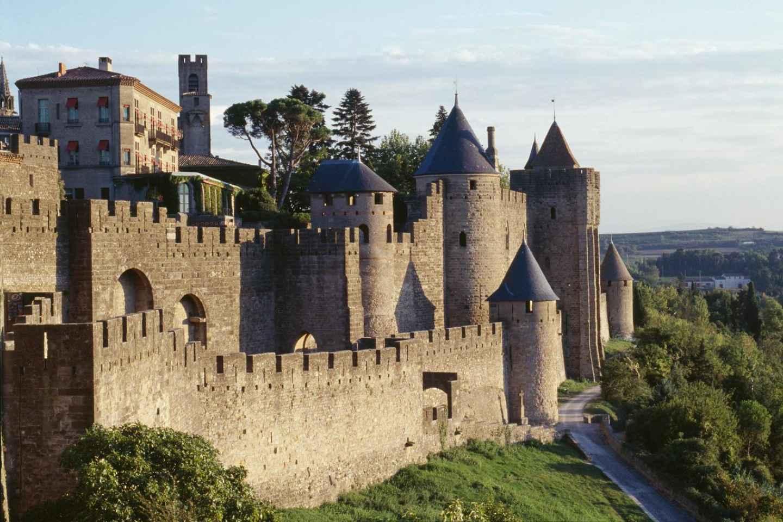 Cité von Carcassonne: Burg und Wehrmauern ohne Anstehen