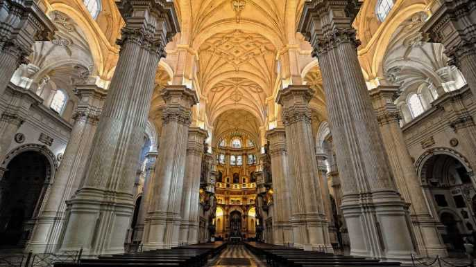 Granada: Cathedral and/or Royal Chapel Tour