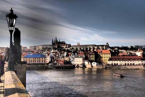 Prague: Classic City 4-Hour Private Walking Tour